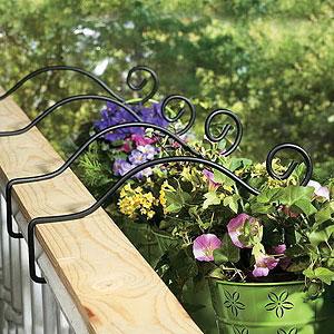 Garden Hooks & Hangers